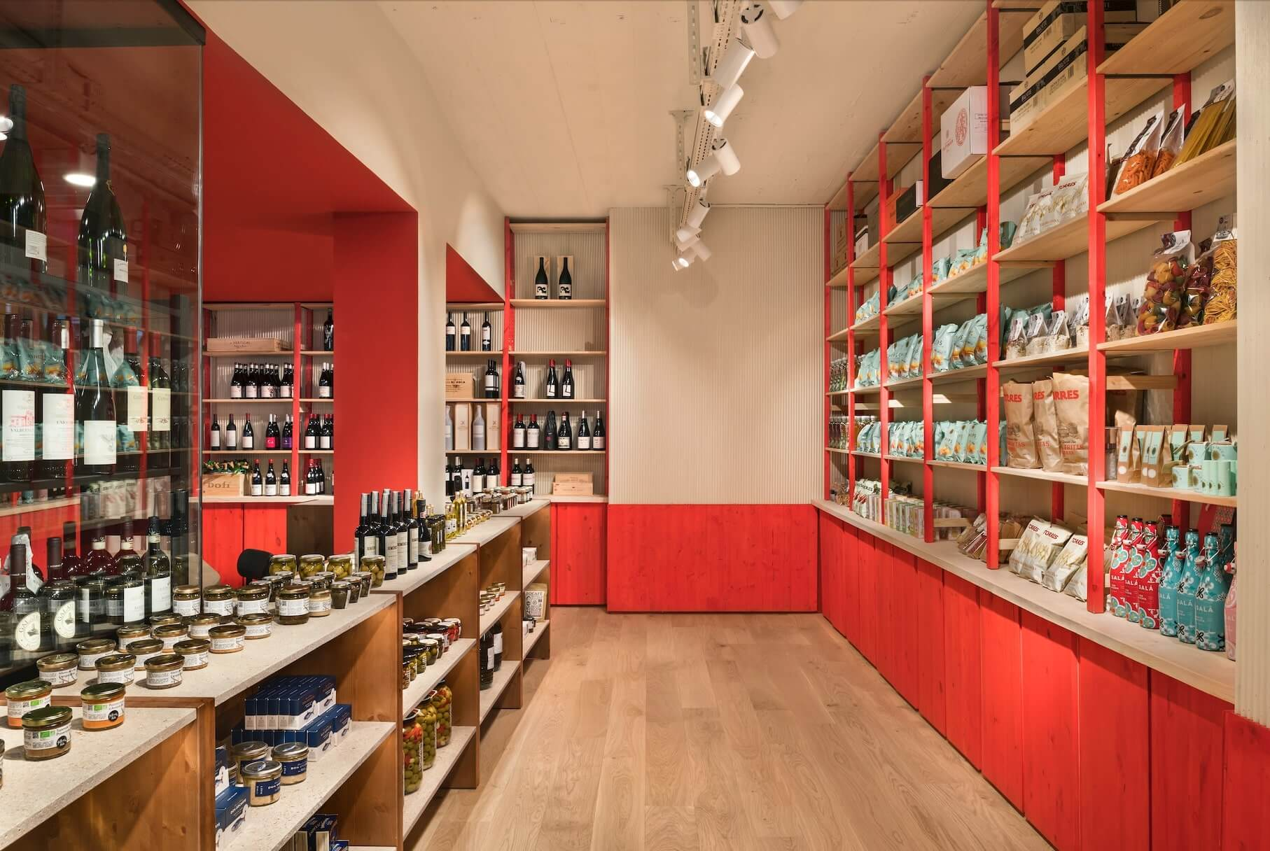 shop design in red and beige wood