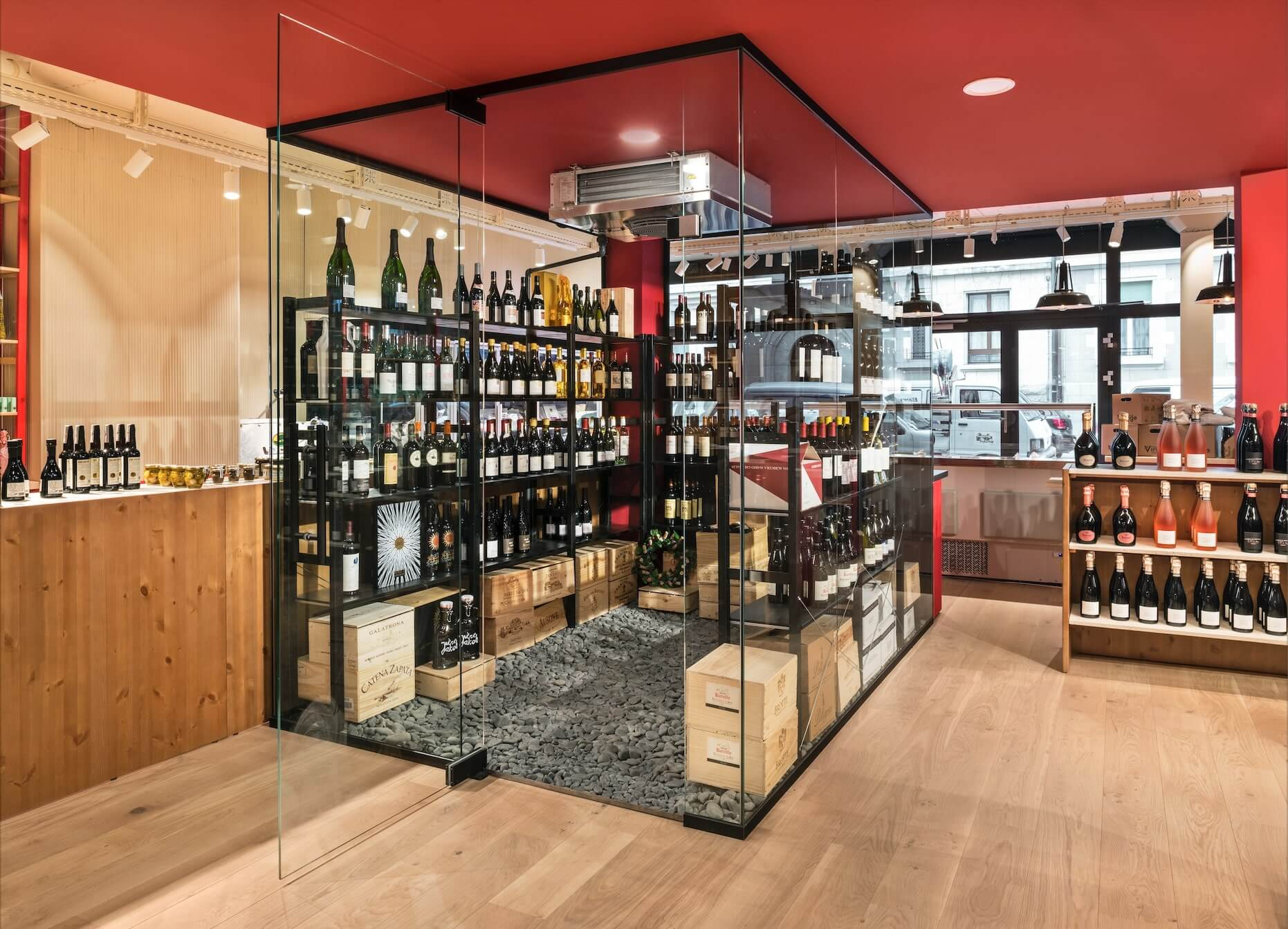 Geneva best custom wine cellar and fridge