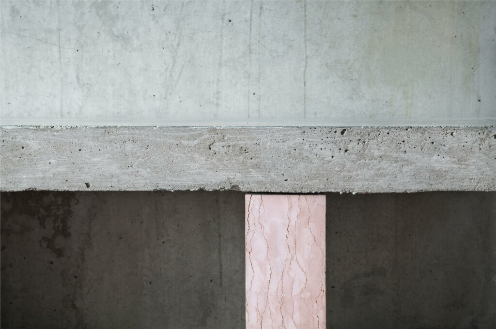 bench design in marble and cement