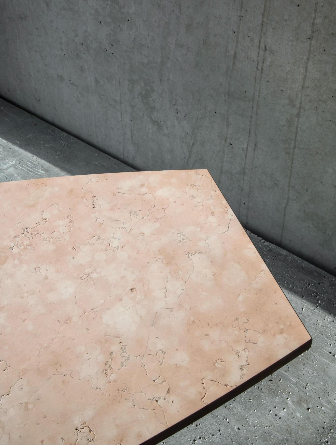 A design detail of the perlino rosato table